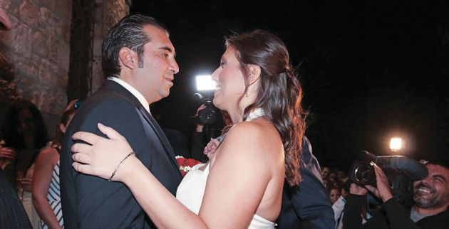 Ριμέικ στο γαμήλιο πάρτι της  Κωνσταντοπούλου