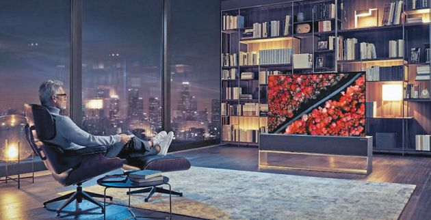 lg-signature-oled-tv-r-expanded