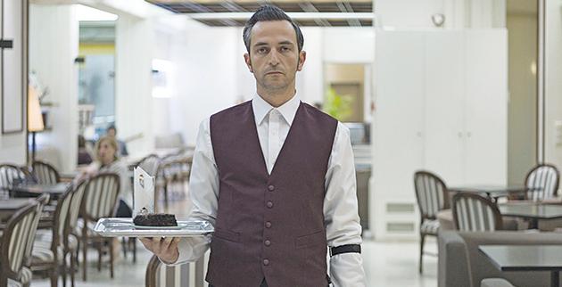 f2_-_the_waiter_aris_servetalis