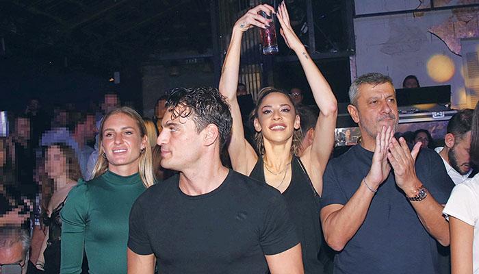 Από αριστερά: Κατερίνα Δαλάκα, Δημήτρης Φιντιρίκος, Chali Jennings και Κώστας Πηλαδάκης