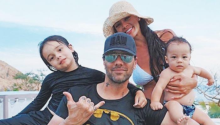 Ο Κρις Εϊντζελ με την οικογένειά του