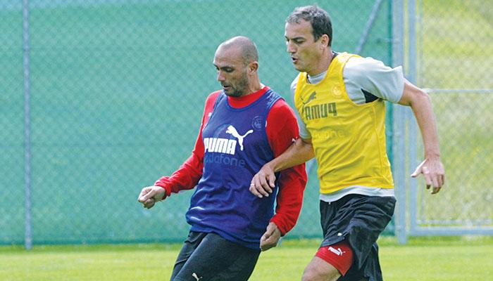Ο Ραούλ Μπράβο με τον Ντάρκο Κοβάσεβιτς όταν ήταν συμπαίκτες στον Ολυμπιακό