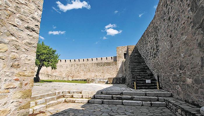Το βυζαντινό κάστρο των Τρικάλων