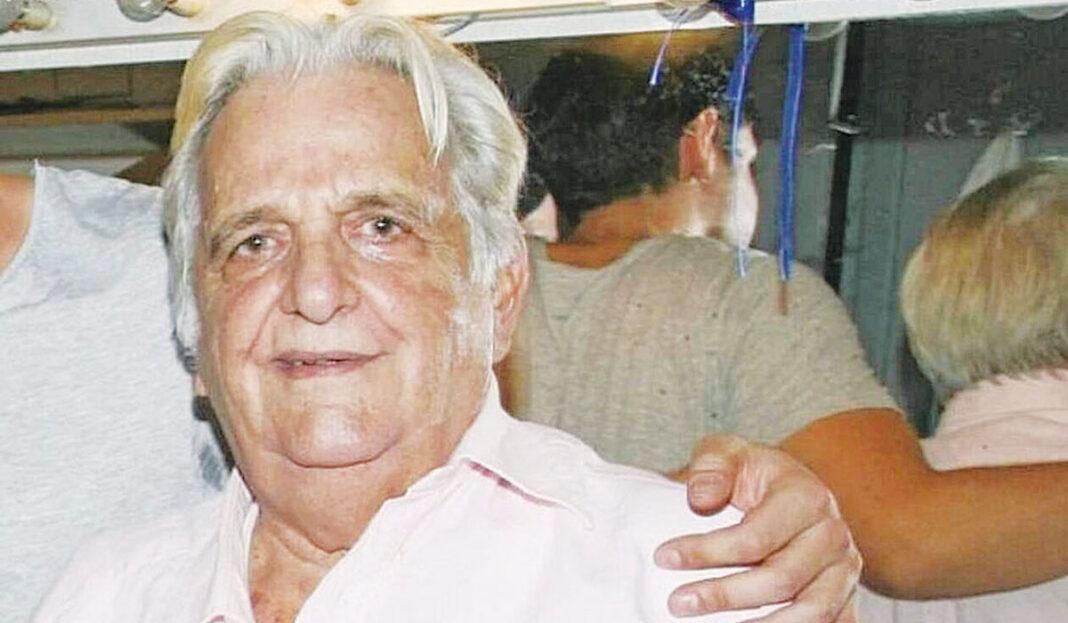 Μπάμπης Γιωτόπουλος