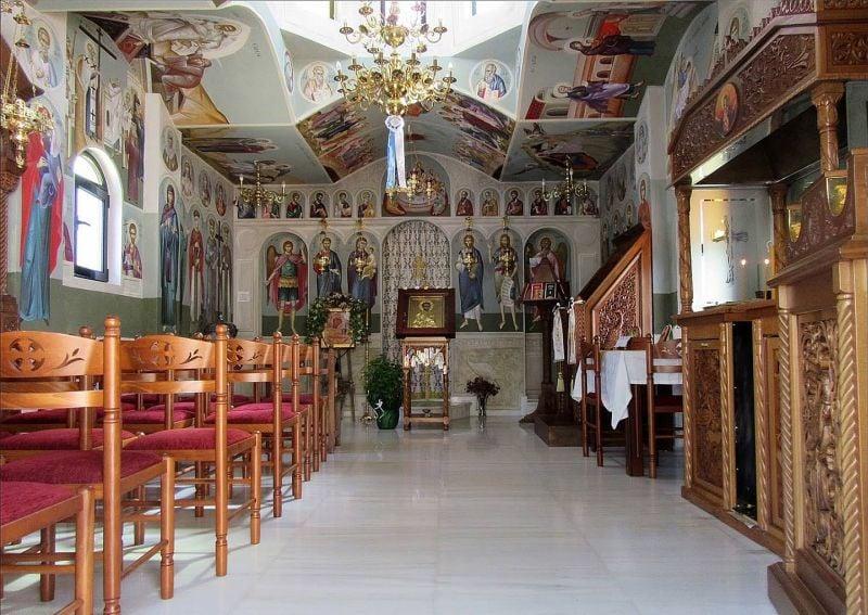 Θαύμα σε εκκλησία στην Κερατέα: Άνοιξε τα μάτια του και μίλησε ο Αρχάγγελος Μιχαήλ[Φωτογραφίες]