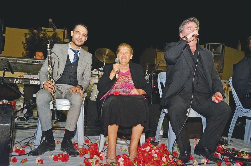 Φιλιώ: Δύσκολες ώρες για την τραγουδίστρια - Πέθανε ο σύζυγός της
