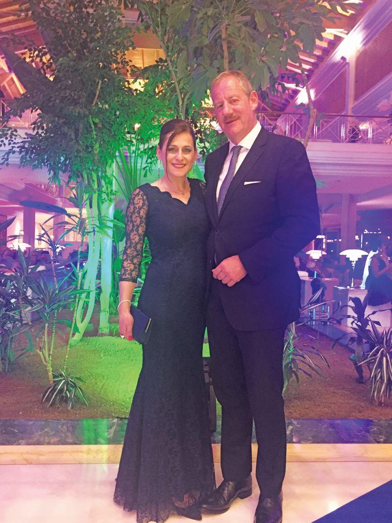 3 Η Μαριάννα Μασάδη με τον συζηγό της Ralf Kalmbach